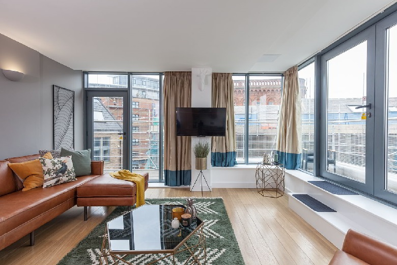 Serviced apartments Leeds, West Yorkshire   Waterloo Court ...