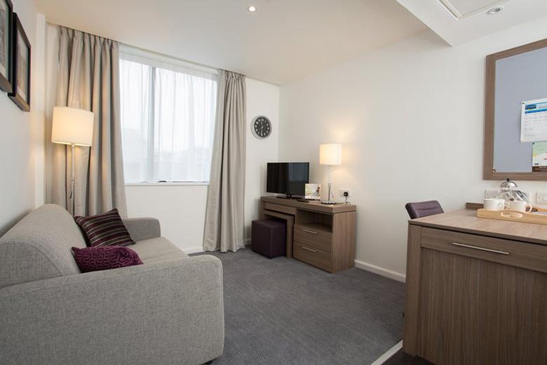 Serviced apartments Birmingham, West Midlands | Staybridge ...