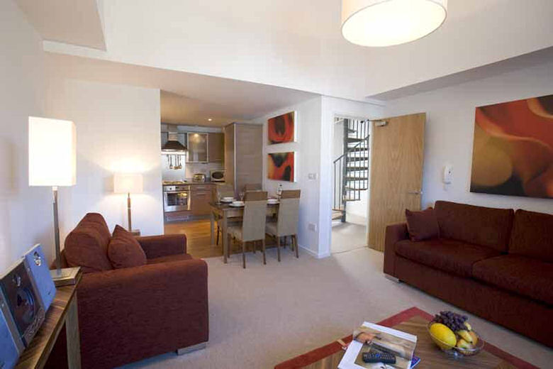 Serviced apartments Newcastle Upon Tyne, Tyne and Wear ...