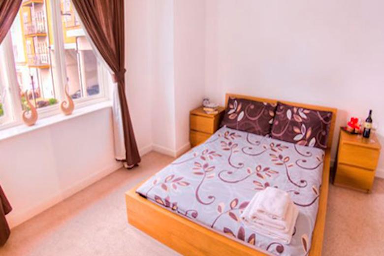 Serviced apartments Heathrow, London | Park West West ...