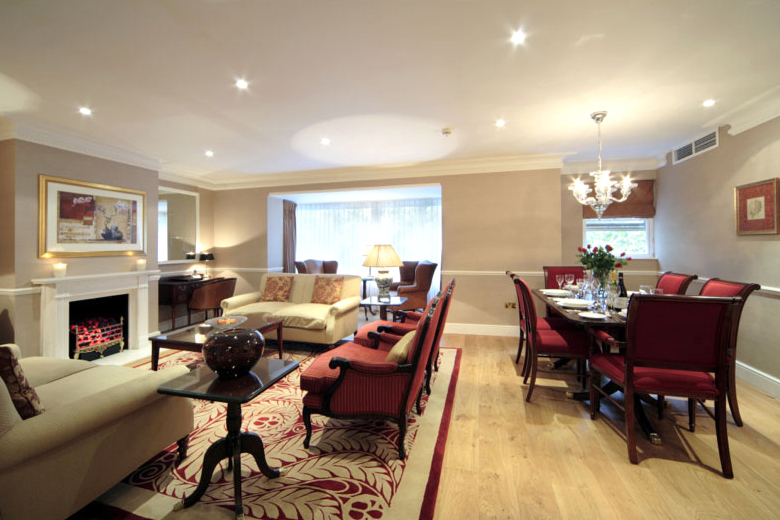 The lounge area of a three bedroom delux apartment at Cheval Knightsbridge