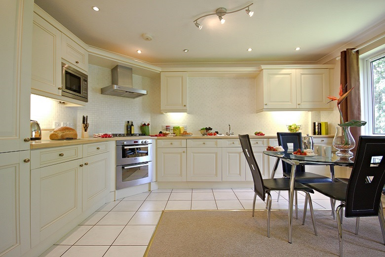 Perfect open plan kitchen area to entertain friends or family