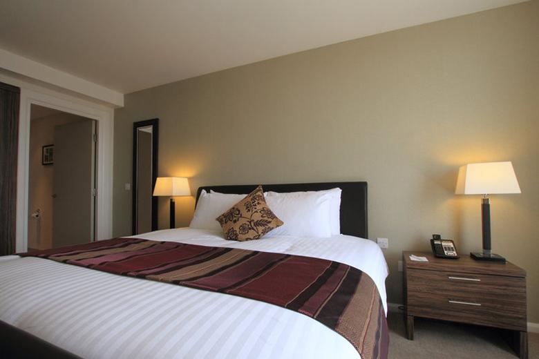 Serviced apartments birmingham west midlands staybridge - 2 bedroom suites in birmingham al ...
